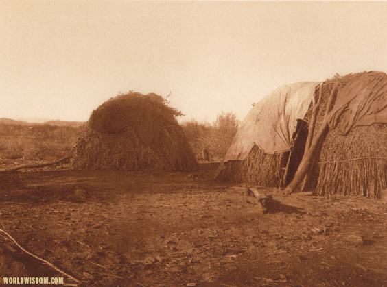 """Apache-Mohave homes"" - Apache-Mohave, by Edward S. Curtis from The North American Indian Volume 2"